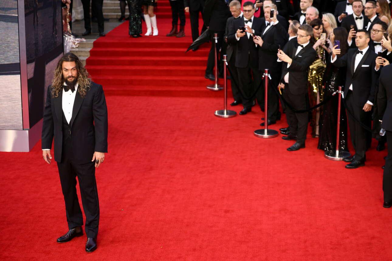 O ηθοποιός Τζέισον Μομόα ήταν καλεσμένος στην πρεμιέρα