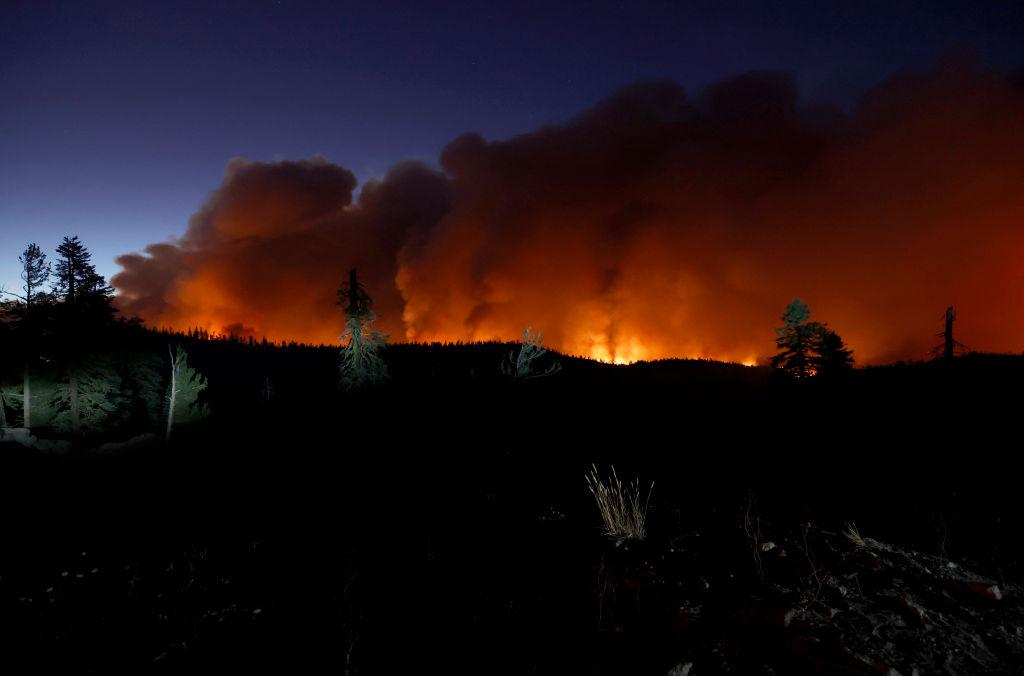 Ένα από μέτωπα της πυρκαγιάς Κάλντορ στο Τράτζεντι Σπρινγκ, την «Πηγή Τραγωδία»