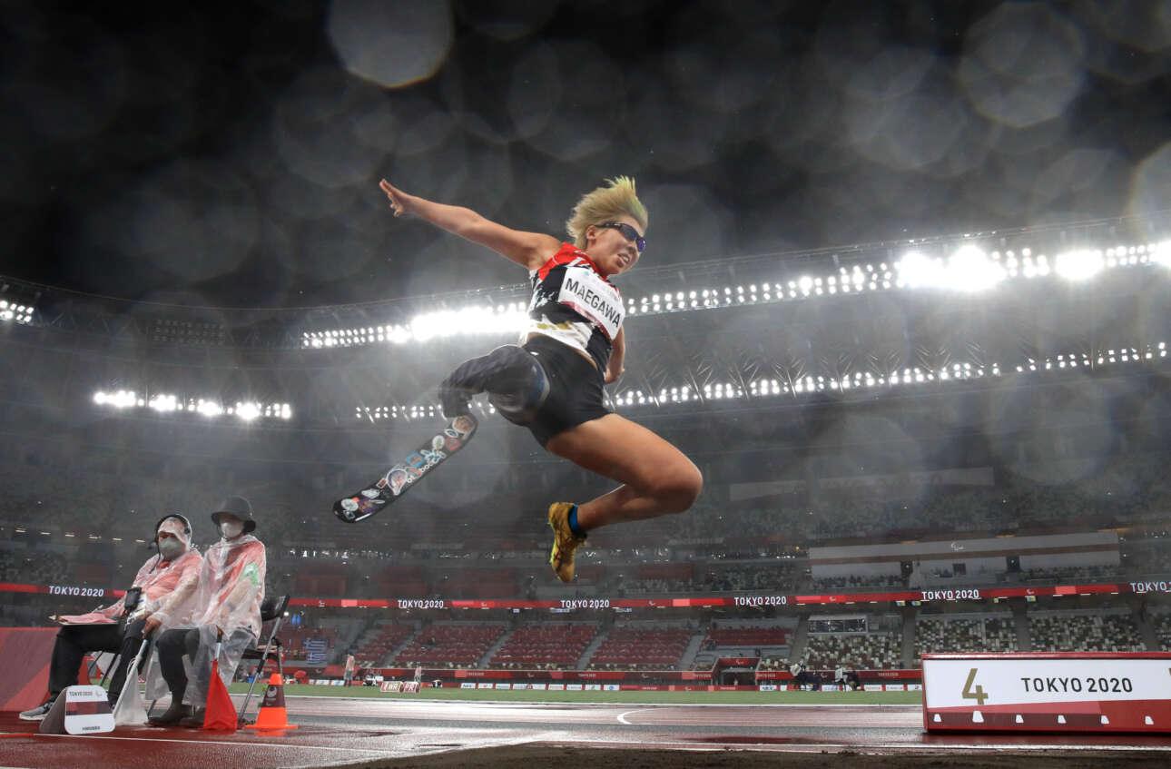 Η Καέντε Μαεγκάβα από την Ιαπωνία, σε ένα εντυπωσιακό άλμα στην 9η ημέρα των Παραολυμπιακών Αγώνων του Τόκιο 2020